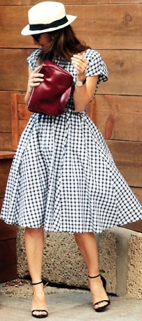 Платье в стиле 50-х