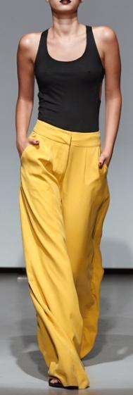 Как подобрать широкие брюки