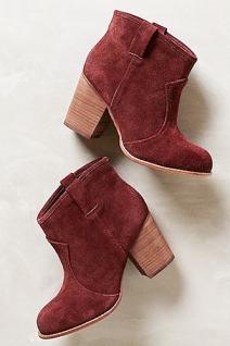 Ботинки в ковбойском стиле